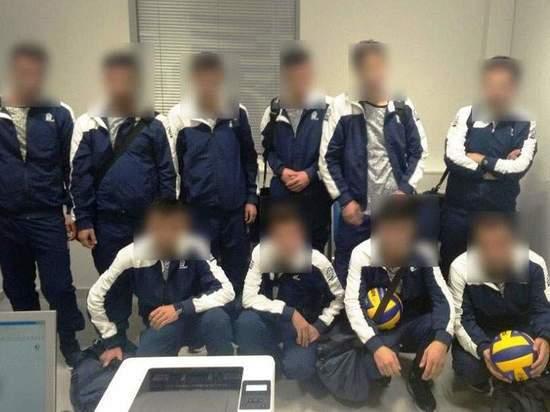 Полиция Греции задержала сирийцев, выдававших себя за украинских волейболистов
