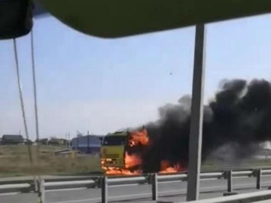 В Ново-Ленино на объездной дороге сгорел бензовоз
