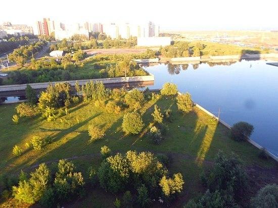 Что мешает созданию парка на Смоленке?