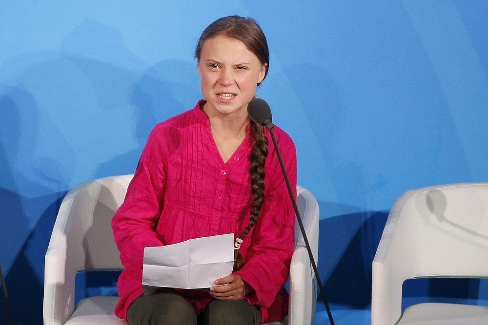 Школьница из Швеции обвинила ООН во лжи: кто такая Грета Тунберг