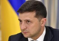 Зеленский призвал стучать на чиновников: жалобщики завалили бюро доносами
