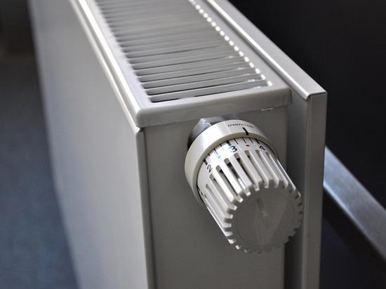 В Калининграде начали включать отопление в детских садах, школах и больницах