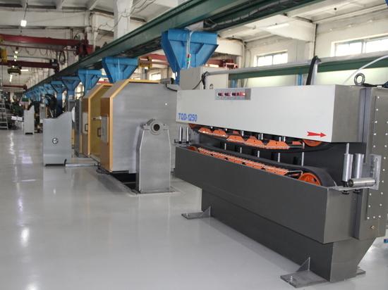 На предприятии «Алтайкабель» открыли линию по производству бронированного кабеля