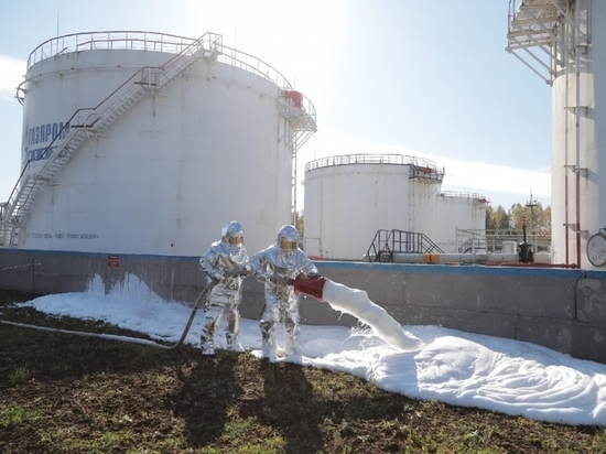 В Новосибирской области ликвидируют условную аварию на нефтебазе
