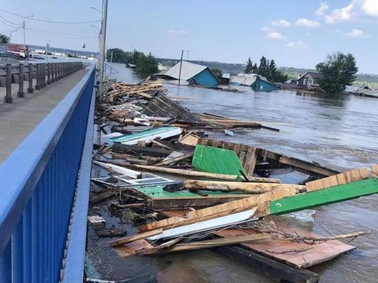 В пострадавших от паводка районах Приангарья построят 13 дамб