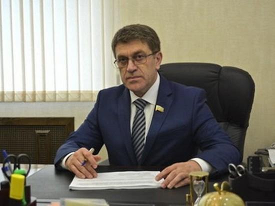 В Карачаево-Черкесии продлили полномочия сенатора Ахмата Салпагарова
