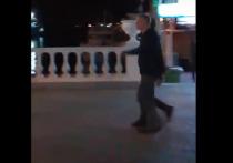 Появилось видео прогулки олигарха Абрамовича с губернатором Краснодарского края