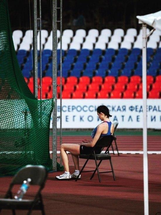 Лучшие атлеты бегут из России: Ласицкене уже готова, Шубенков думает