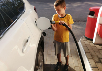 Насколько вреден запах бензина: как он действует на организм