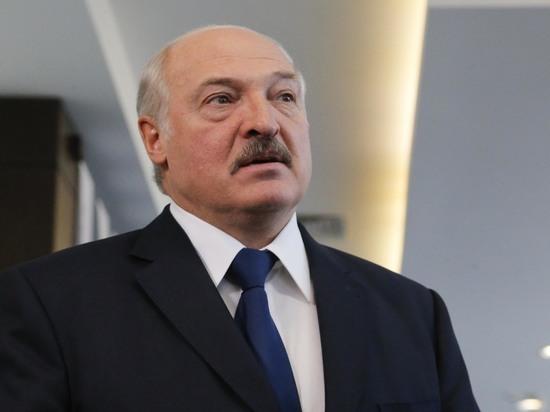 Лукашенко заявил об использовании Порошенко против России
