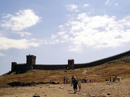 В Крыму итальянские ученые будут изучать генуэзские крепости