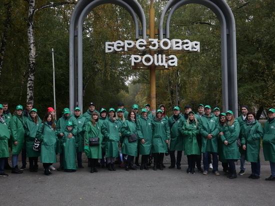 В Новосибирске «Березовую рощу» засадили дубами