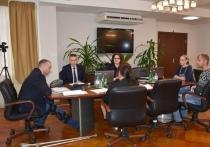 Глава Губкинского провел встречу «на костылях»
