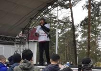 Таксист-блогер Дмитрий Баиров сказал на митинге в Улан-Удэ, что стал журналистом