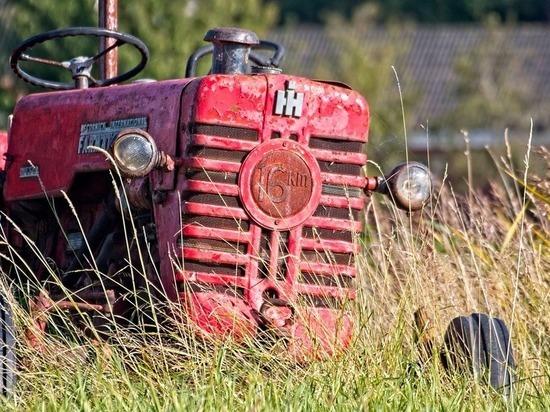 В Бурятии средь бела дня угнали трактор