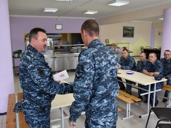 Ивановские полицейские, несущие службу на Северном Кавказе, встречали гостей из дома