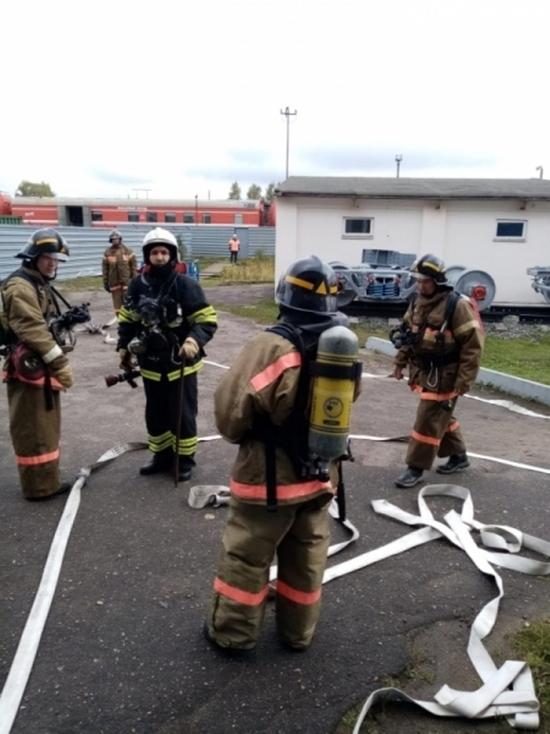 Ивановские пожарные провели учения на железной дороге