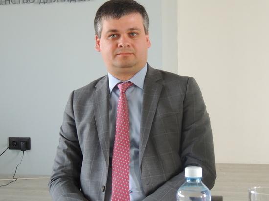 Руководитель администрации главы Хакасии: к варягам везде относятся настороженно