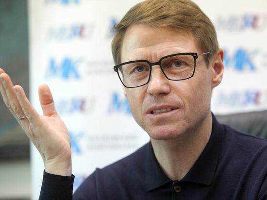 Специалист рассказал, куда «поплыл» уволенный из «Спартака» Кононов