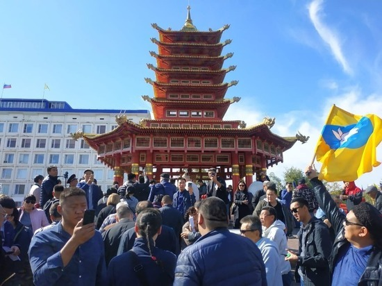 Жители калмыцкой столицы снова собрали свой сход
