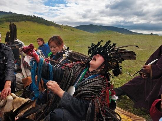 Запрещенная в России секта действует на территории Казахстана