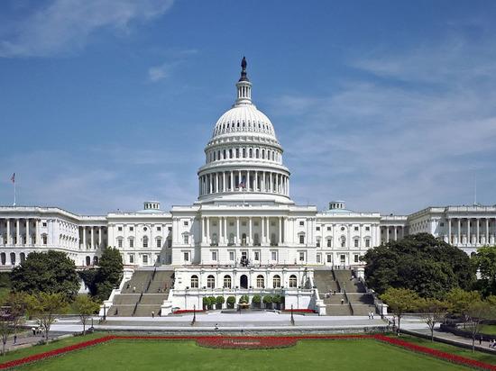 """Конгресс США хочет ввести санкции за """"преследование оппозиции"""" в России"""