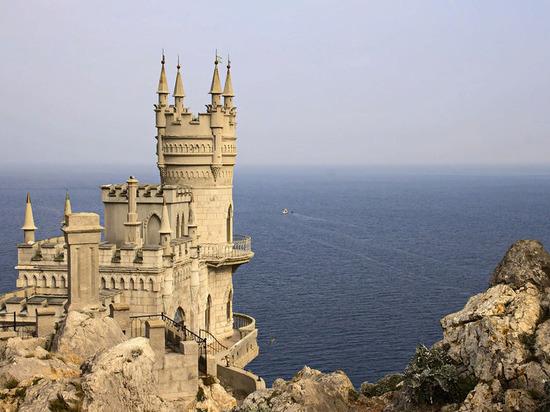 Поток иностранных туристов в Крым увеличился в текущем году
