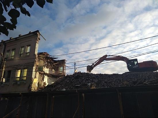 Дом, которого больше нет: Иркутск лишился старинного каменного здания