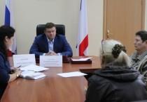 Личный приём: евпаторийцы пожаловались вице-премьеру на застройщиков