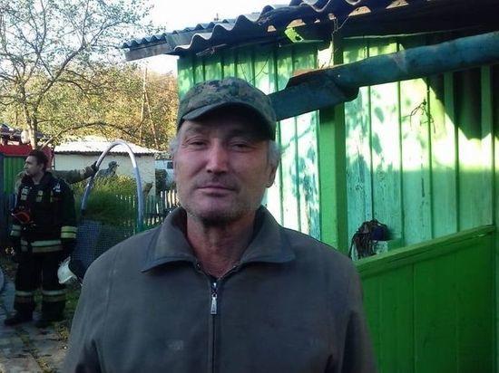 В Новосибирской области мужчина спас соседа из горящего дома