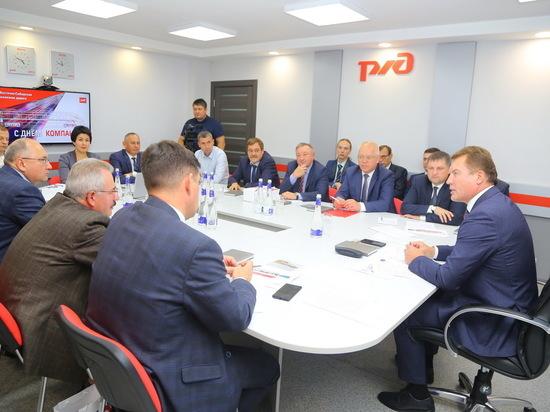 Начальник ВСЖД Василий Фролов на встрече с ключевыми клиентами рассказал о современных цифровых сервисах