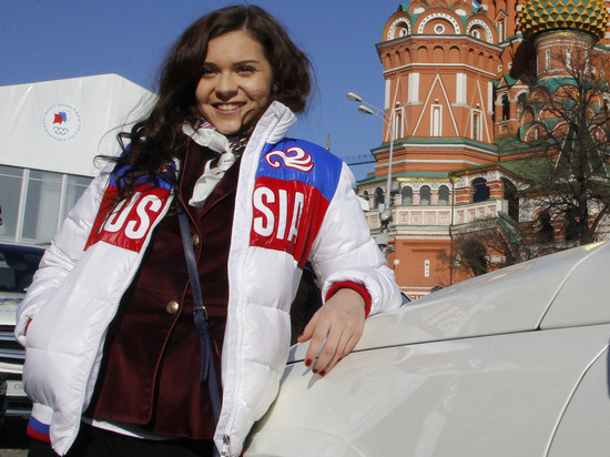 Фигуристка Аделина Сотникова отдала 2 млн рублей гадалке
