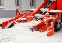 Новые машины и нехватка кадров: как Барнаул готовится к снегоуборочному сезону