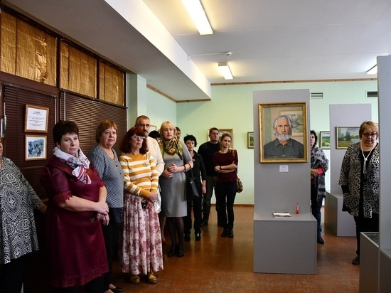 В Андреапольском районе открылась выставка памяти местного художника