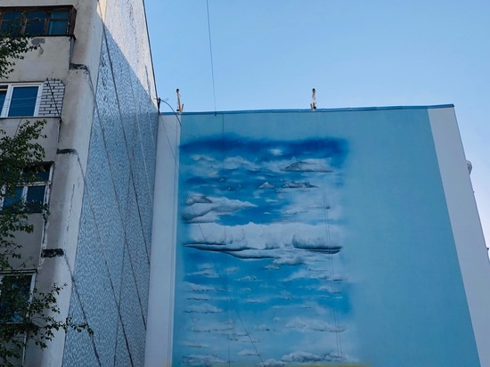 Известные в России мастера граффити оформляют фасады в Железноводске