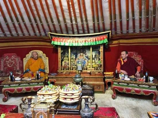 Пресс-служба главы Бурятии прокомментировала высказывания Хамбо ламы Дамбы Аюшеева
