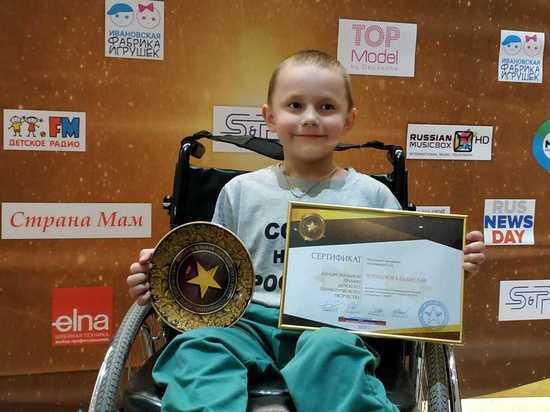 Восьмилетний силач с инвалидностью из Советска стал героем недели по версии проекта
