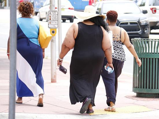Лишний вес спасает от смерти, заявили австралийские ученые