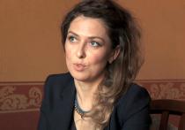 Родные задержанной в Иране российской журналистки Юлии Юзик сообщили нам имя человека, от которого ей пришло приглашение в страну для поездки, в ходе которой Юлию арестовали, бросили в тюрьму и обвинили больную мать четверых детей в шпионаже