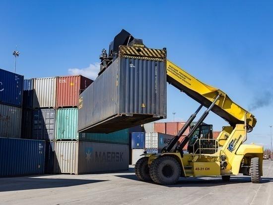 Объемы контейнерных перевозок на СвЖД выросли на 16 %