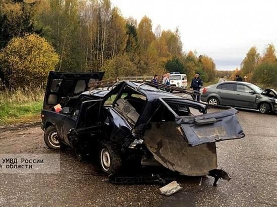 В Ивановской области столкнулись два автомобиля