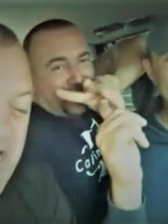 Участники ролика с «пьяным депутатом» из Тулуна получили штраф