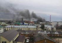 В Ноябрьске загорелись склады
