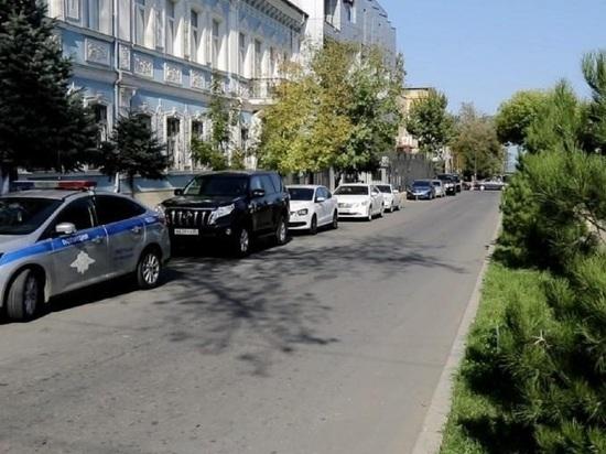 На улице Буйнакского в Махачкале развернут одностороннее движение