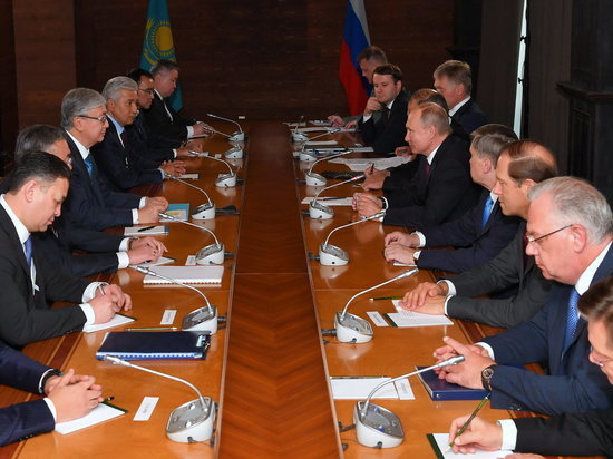 Президенты России и Казахстана обсудили предстоящую встречу в Омске