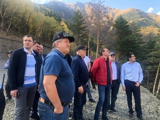 Премьер-министр Дагестана побывал на родине Хабиба Нурмагомедова