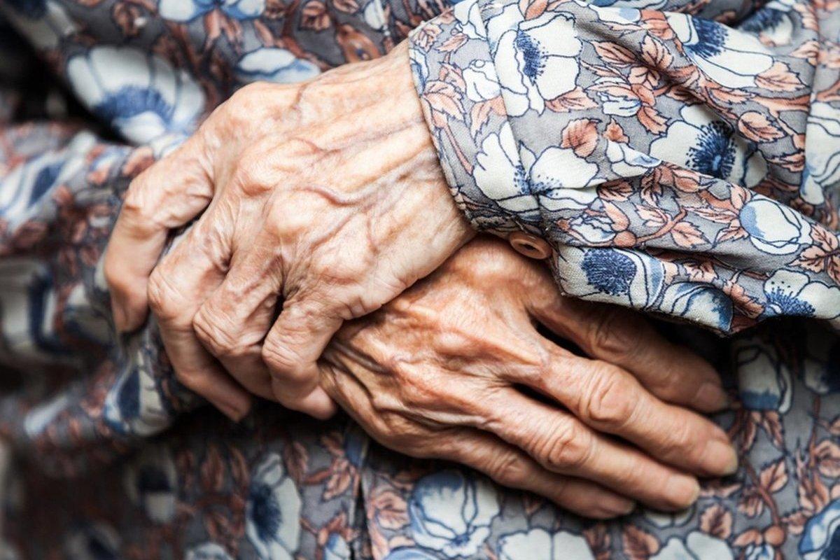 Бабушкины руки картинки