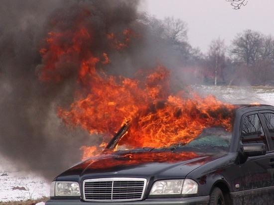 Житель Владивостока поджигал машины в отместку за увольнения