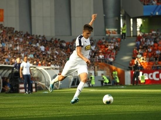 Футболист из Барнаула заменит Фёдора Смолова в российской сборной