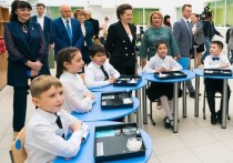 Наталья Комарова пообщалась с молодыми педагогами Сургута